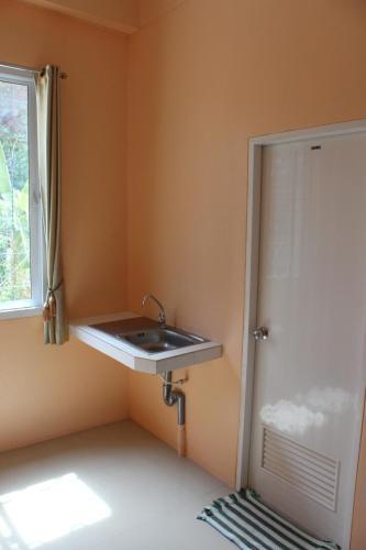 A bathroom at Budchui Village2