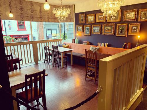A restaurant or other place to eat at The Royal Oak Ripon