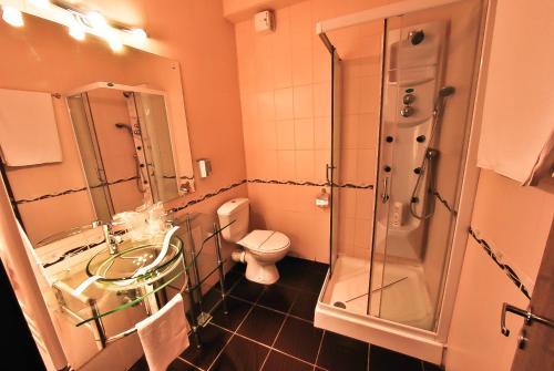 O baie la Hotel Magic GT Trivale