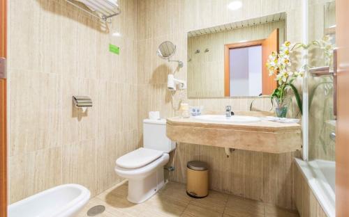 A bathroom at Hotel Verol