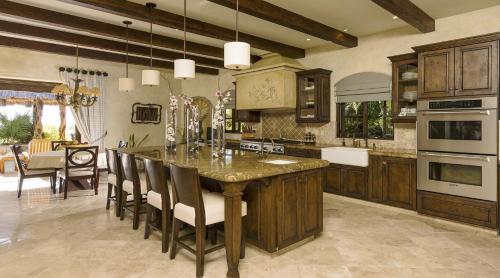 Una cocina o zona de cocina en Phenomenal Villa with Ocean View, Swim-Up Bar, Home Gym and located on a Golf Course