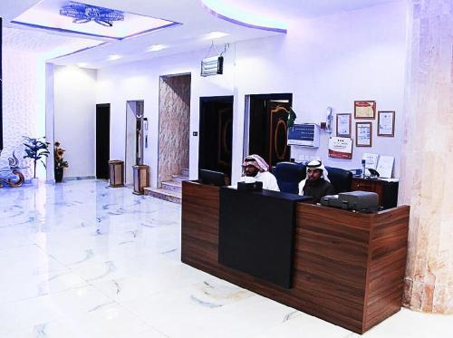 O saguão ou recepção de Elite Resorts Inn