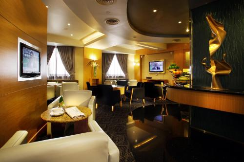 The lounge or bar area at M Hotel Singapore