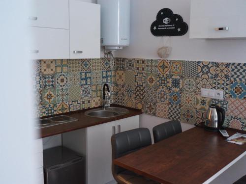 Kuchnia lub aneks kuchenny w obiekcie Old Town Studio