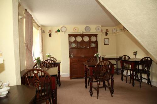 A restaurant or other place to eat at Ulceby Lodge Bed & Breakfast