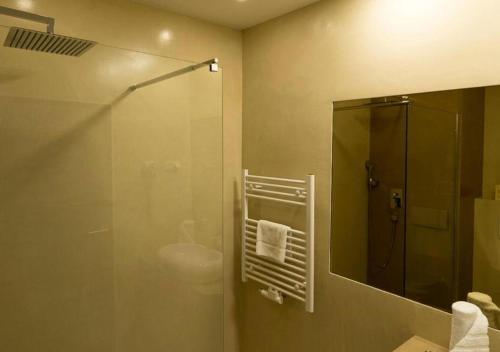 A bathroom at Freizeit-und Tagungshotel Messehof - nahe Hannover