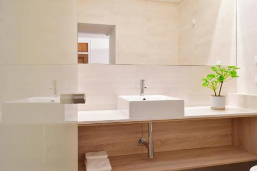 A bathroom at Residencial Fortunato