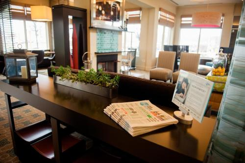 A restaurant or other place to eat at Hilton Garden Inn Rockaway