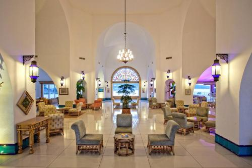 A restaurant or other place to eat at Salmakis Resort & Spa