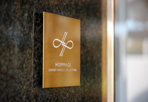 Ein Zertifikat, Auszeichnung, Logo oder anderes Dokument, das in der Unterkunft Parkhotel Bremen – ein Mitglied der Hommage Luxury Hotels Collection ausgestellt ist