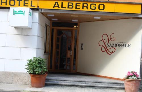 Eine Fassade oder ein Eingang zu Albergo Nazionale