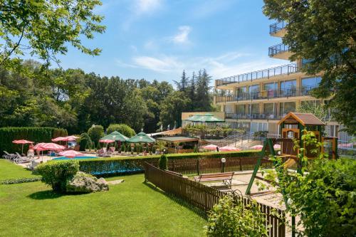 Сад в Hotel Gradina