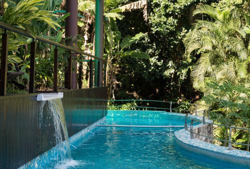 The swimming pool at or close to Paraíso Azul Retiro
