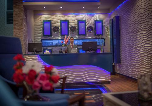 O saguão ou recepção de Taleen AlSahafa Hotel Apartments