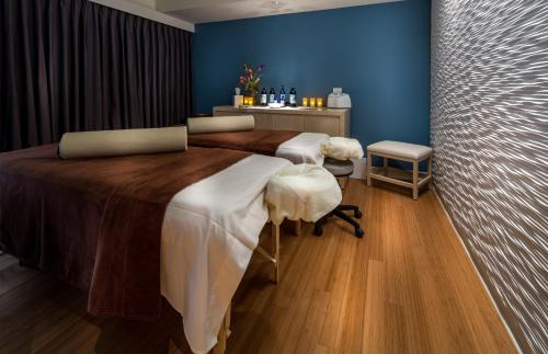 Spa and/or other wellness facilities at Godfrey Hotel Chicago