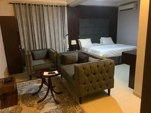 Delux ensuite Bedrooms in maitama