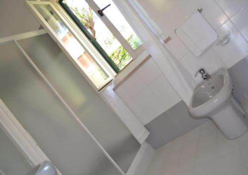 A bathroom at Hotel Danila