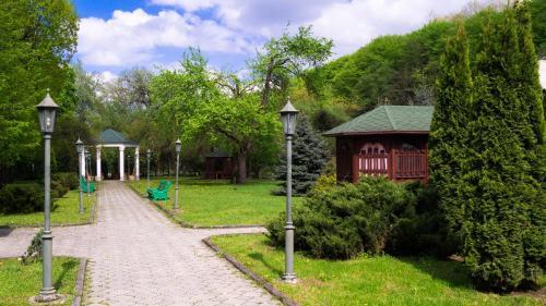 Сад в Гостиничный комплекс Трек