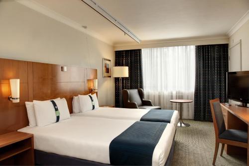 A room at Holiday Inn Cardiff City, an IHG Hotel
