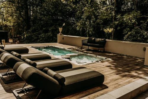 The swimming pool at or near Fiertelmeers Boutique B&B