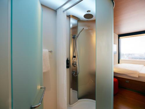 A bathroom at citizenM Glasgow