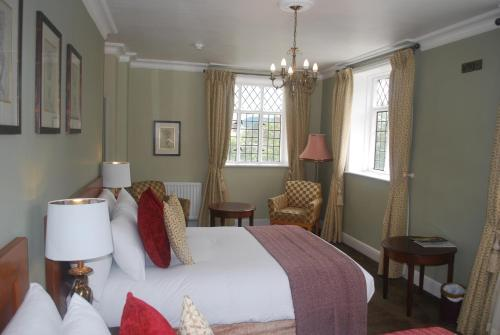A room at The Radnorshire Arms Hotel