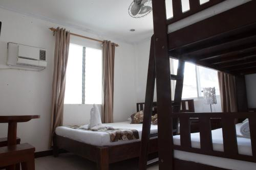 A room at Isla Gecko Resort