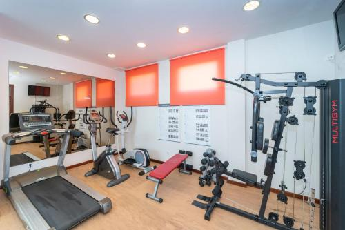 The fitness center and/or fitness facilities at ARTIEM Capri