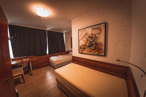 A room at Hotel Charlton