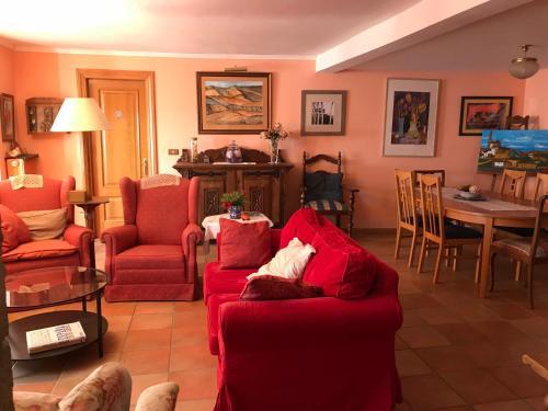 A área de bar ou lounge em El Olivo de Sansol