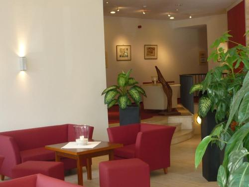 The lobby or reception area at Alleehotel Europa