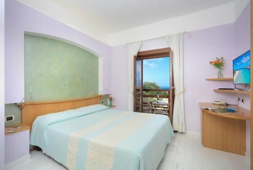 A room at Hotel Cala Reale
