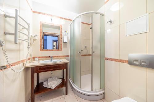 A bathroom at Rixwell Old Riga Palace Hotel