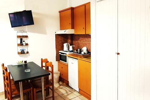 Kuchyň nebo kuchyňský kout v ubytování Pension Antonakis