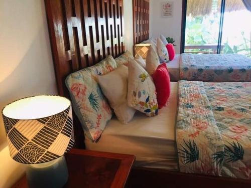 A seating area at Balili Villas Resort