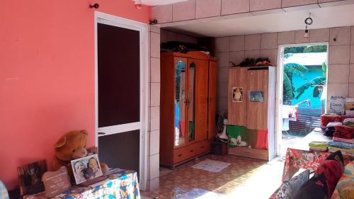 Bora Bora Shelter For Backpackers