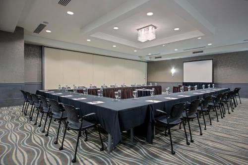 The business area and/or conference room at Crowne Plaza Suffern-Mahwah, an IHG Hotel