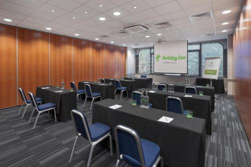 The business area and/or conference room at Holiday Inn London Kensington Forum, an IHG Hotel