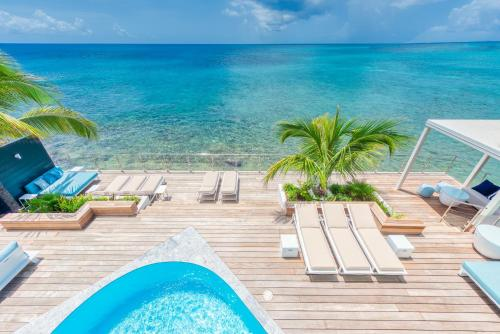 SURFSONG VILLA-NEW LUXURY WATER FRONT VILLA-6 BEDS also available in 4 and 5 beds