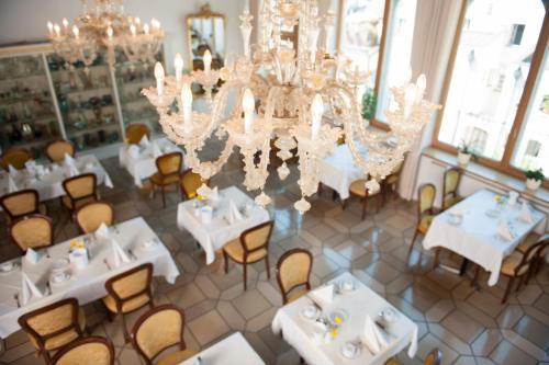 Ресторан / где поесть в Hotel Wilder Mann