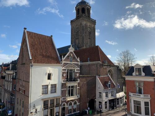 Hostel Deventer, privé kamers, hartje stad, aan de IJssel, met keuken, ontbijtbezorgdienst