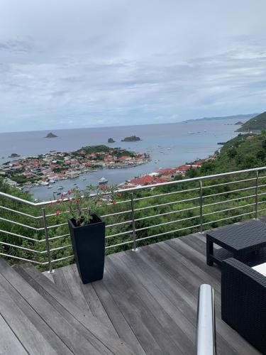 Villa Chloé - Stunning view and heated pool