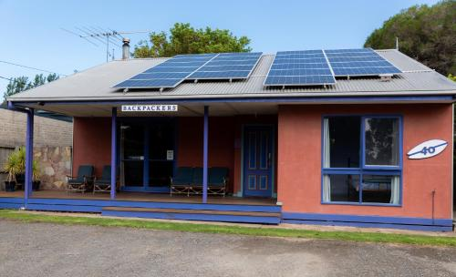 The facade or entrance of Anglesea Backpackers
