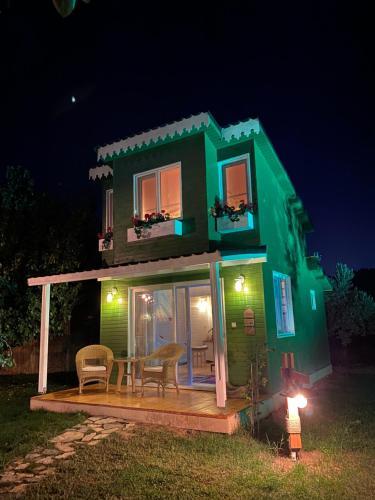 La Casa Verde Bungalows