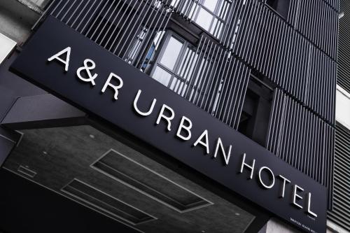 A&R Urban Hotel