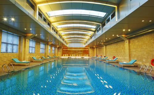 The swimming pool at or near Hotel Nikko Xiamen