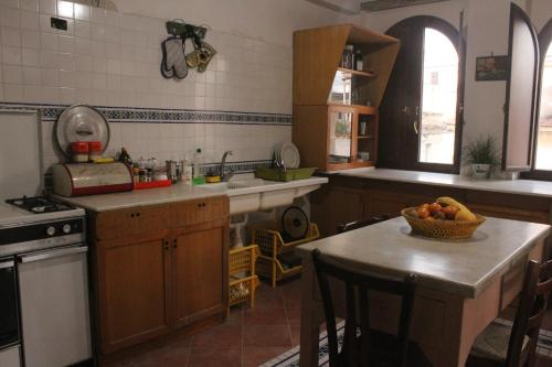 A kitchen or kitchenette at Salerno Experience