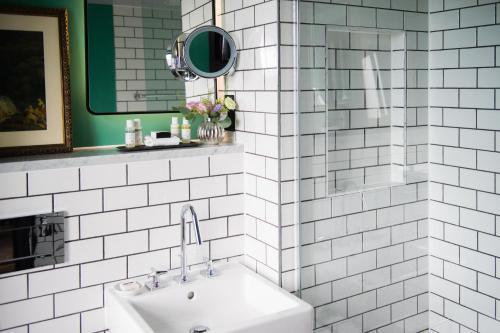 A bathroom at Avon Gorge by Hotel du Vin