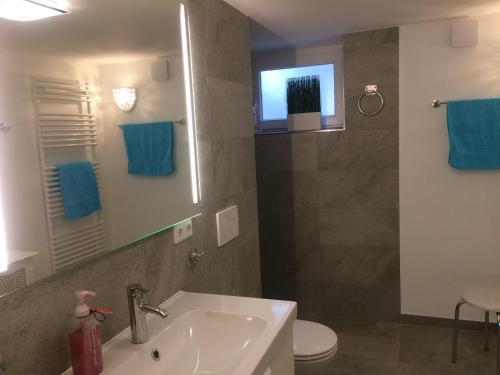Ein Badezimmer in der Unterkunft Residenz am Trammer See