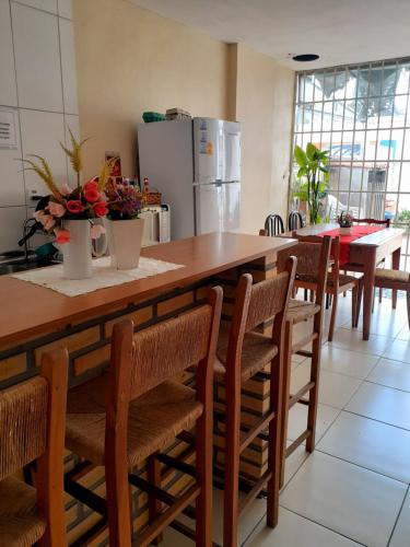 A kitchen or kitchenette at Pousada Terra Sul